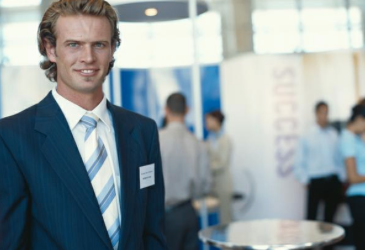 Five Actions and Habits of Highly Self-Confident Leaders